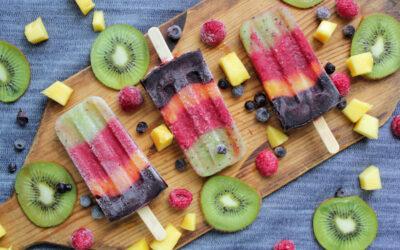Isglass med bär och frukt