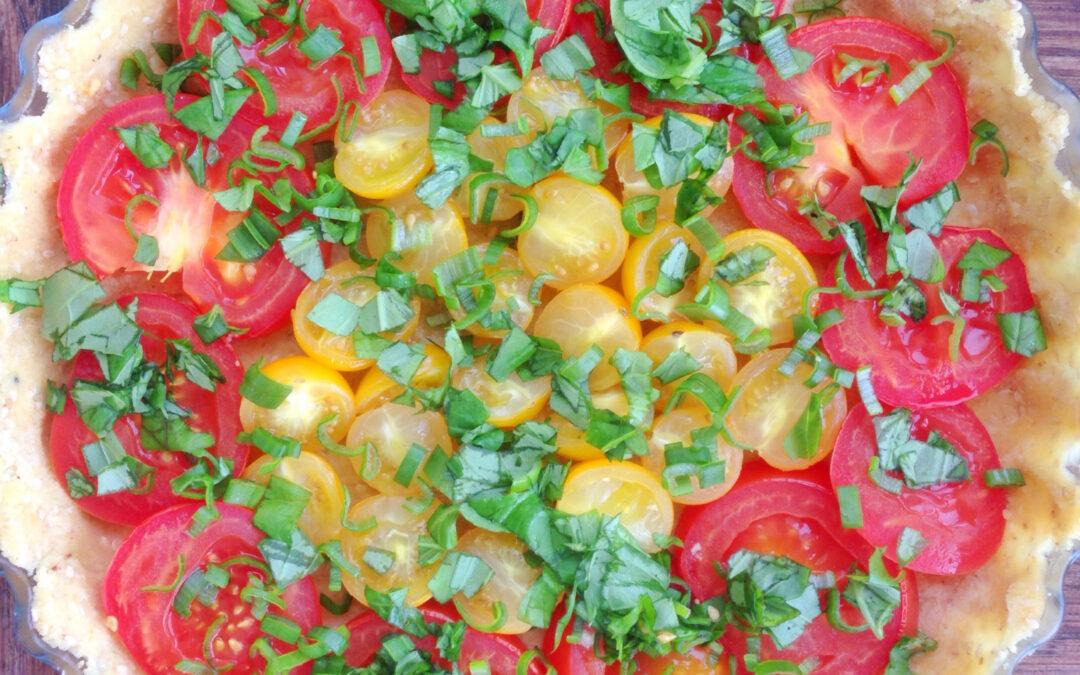 Tomatpaj med basilika