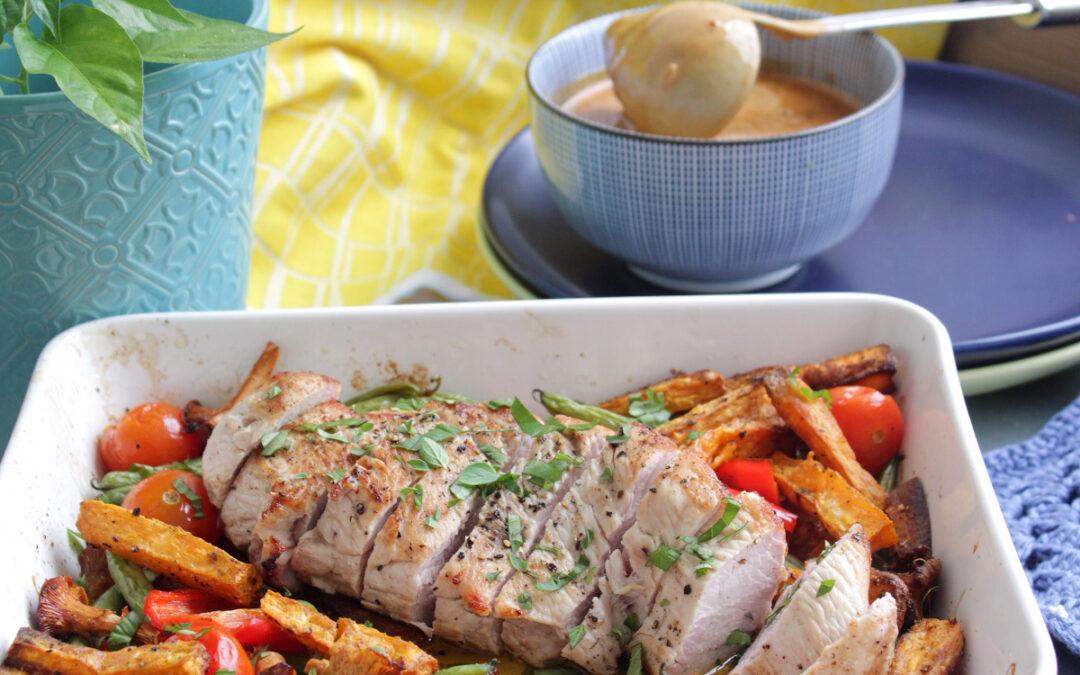 Kalkonbröstfilé med ugnsrostade grönsaker och gräddsås