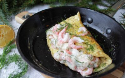 Omelett med stuvade räkor