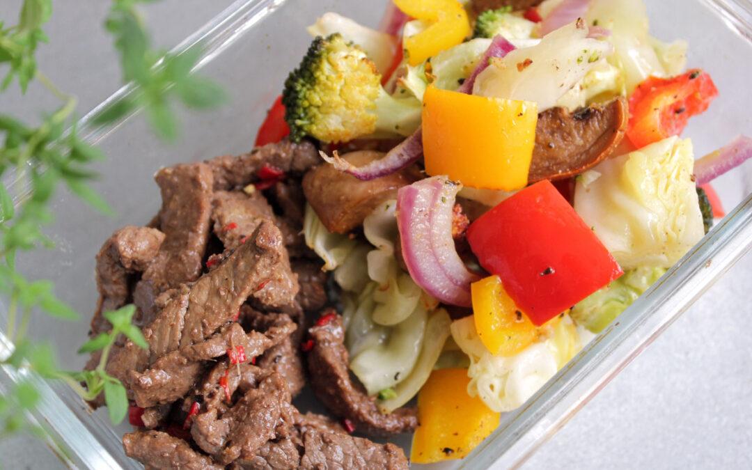 Lövbiff med chili och ingefära och ugnsrostade grönsaker